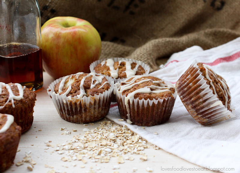 Apple Muffins with Crunchy Oat Bottom & Maple Cinnamon Glaze: Loves Food, Loves to Eat