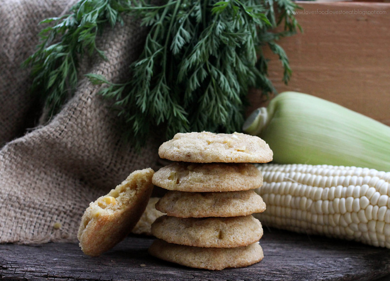 Loves Food, Loves to Eat: Summer Corn Kernel Sugar Cookies