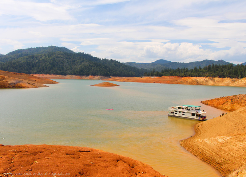 Loves Food, Loves to Eat: Lake Shasta