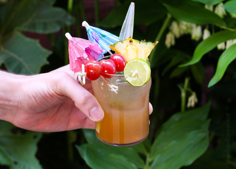 Tiki Party: Three Dots and a Dash Tiki Drink // Loves Food, Loves to Eat #lovestotiki