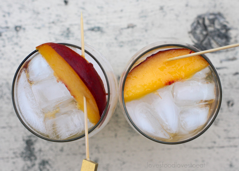 Coconut Nectarine White Wine Spritzers // Loves Food, Loves to Eat #drinkthesummer